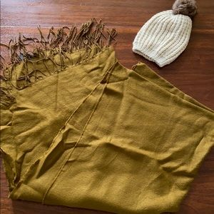 H&M blanket scarf and beanie bundle